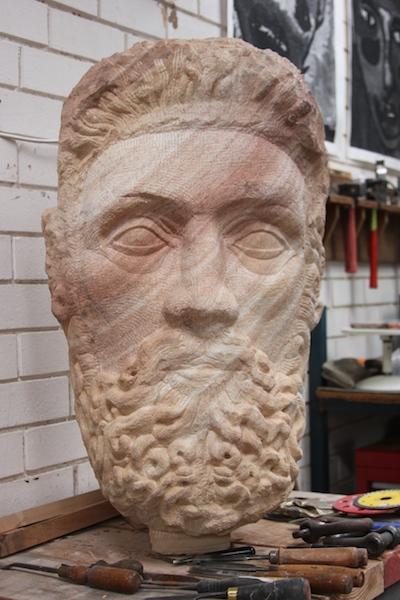 Zeus-in-sandstone-by-Adrian-Spurr-image-by-Kerrie-Pacholli-©-pationpics.com_.jpg